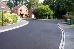 Driveway surfacing in the UK