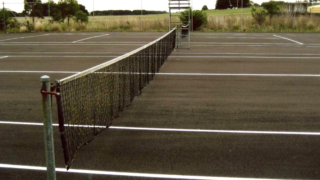 tarmac tennis court installation in Ringwood